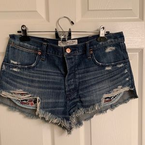 Never worn Abercrombie jean shorts